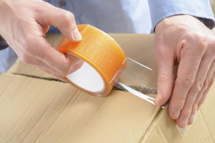 Скотч пригодится не только для заклеивания коробок. /Фото: prweb.com