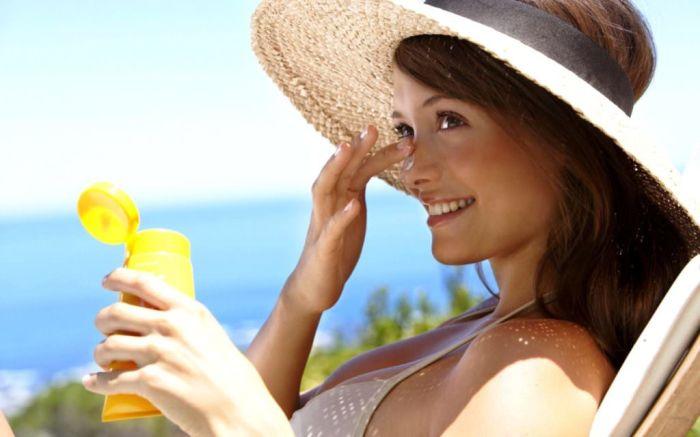 Вскрытый крем от солнца быстро теряет защитные свойства. /Фото: krasota.guru