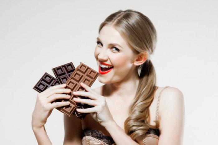 Шоколаду в кровати не место. /Фото: cdn.images.dailystar.co.uk