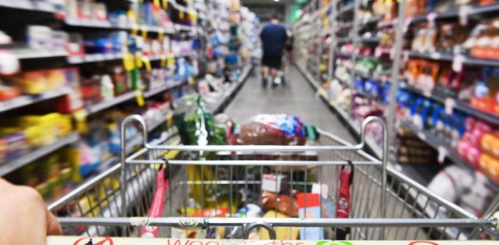 Спасение от лишних трат одно — четкий список покупок. /Фото: images.theconversation.com
