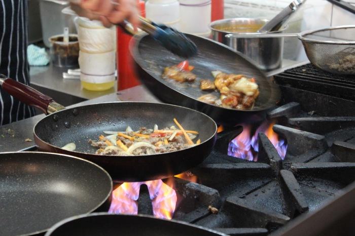 Как готовить не только вкусно, но еще и безопасно?