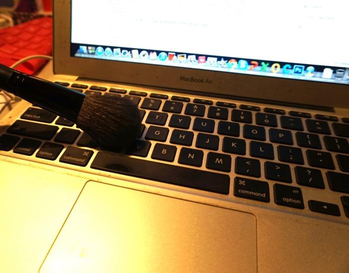 Теперь пыль никуда не спрячется. /Фото: 3.bp.blogspot.com