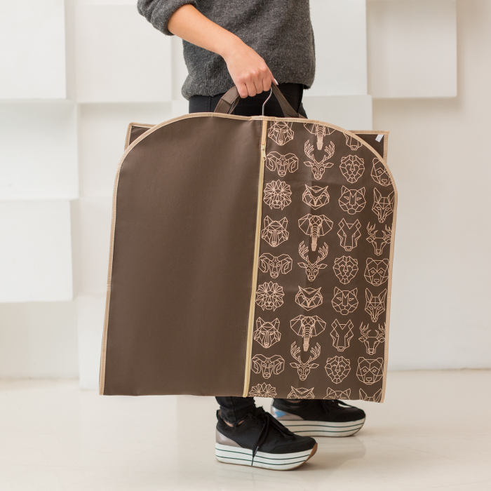 Покупные тканевые чехлы могут быть достаточно стильными. /Фото: static-eu.insales.ru