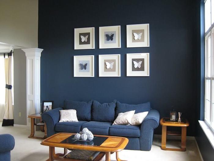 Одно из лучших сочетаний — белый и синий. /Фото: rehouz.info