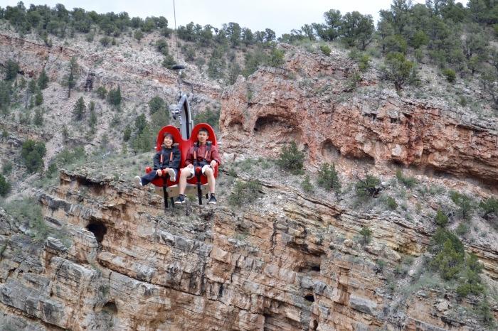 Чудесный вид, огромная скорость и полные штаны незабываемых впечатлений. /Фото: dailymovesandgrooves.files.wordpress.com