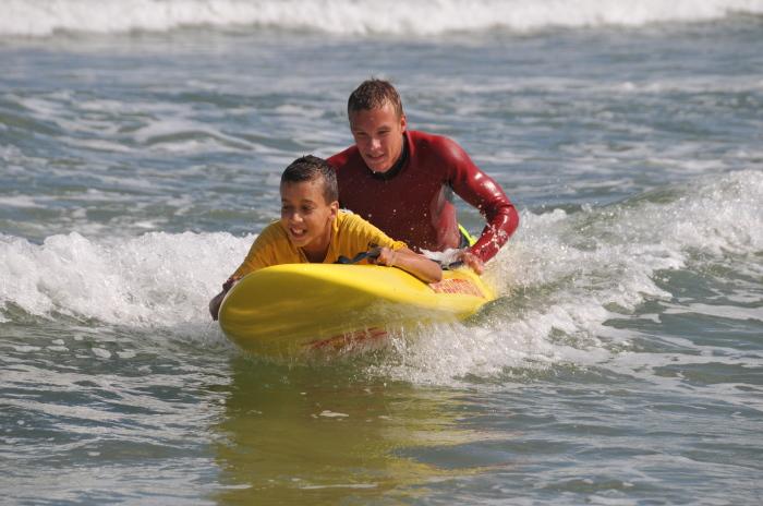 Любые плавательные средства окажутся полезными при спасении человека. /Фото: upload.wikimedia.org