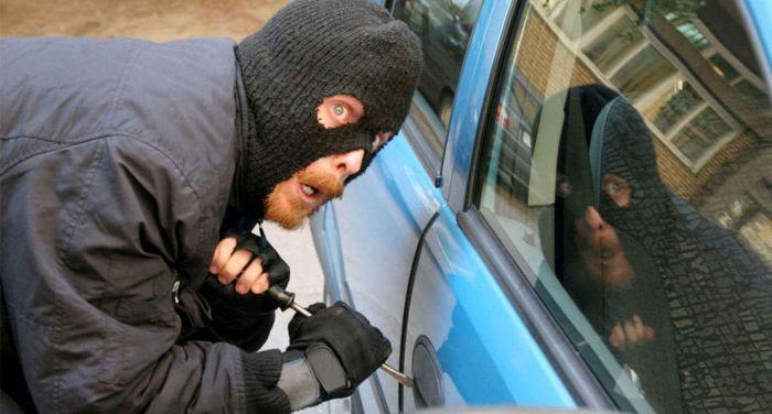 Открывать, конечно, нужно только свое авто. /Фото: news3000.info