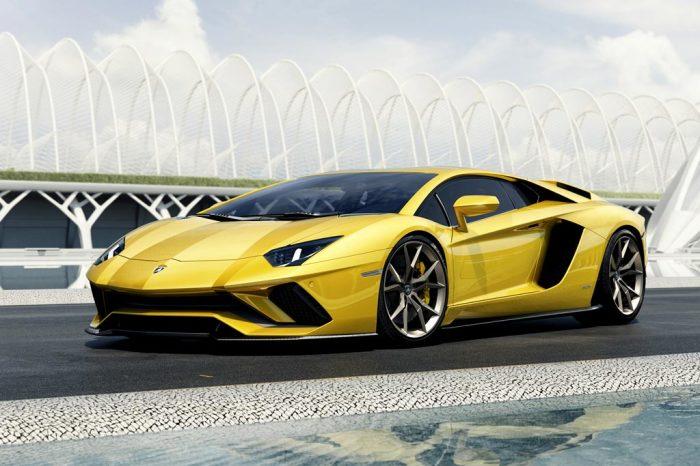 Lamborghini Aventador выглядит как космический корабль. | Фото: allcarz.ru