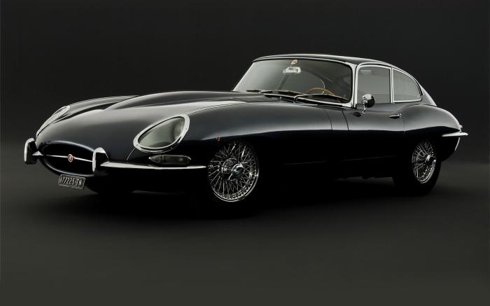 Jaguar E-type – это такой себе памятник автомобильному дизайну.