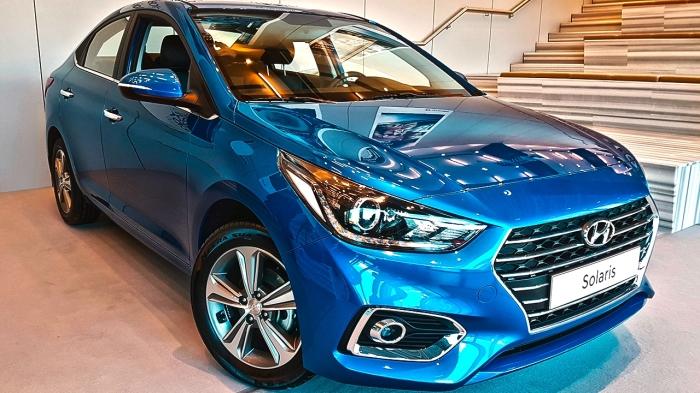 В новом поколении автомобиль получил более яркий дизайн.