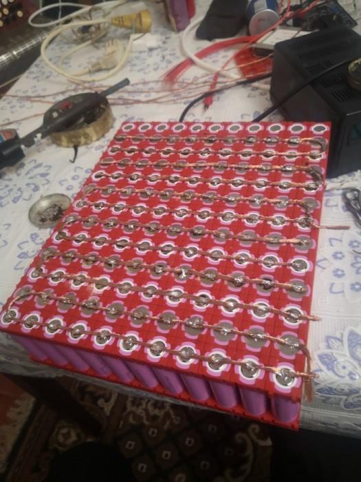 Батарея была собрана из аккумуляторных банок заявленной емкостью 3300 mAh.