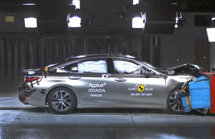 Автомобиль показал высокий уровень защиты всех основных частей тела водителя и пассажиров. | Фото: www.thecarexpert.co.uk