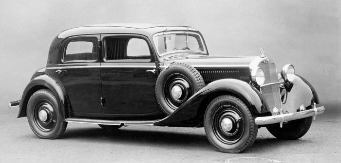 Первый дизельный автомобиль - Mercedes 260 D. | Фото: automobilesreview.com