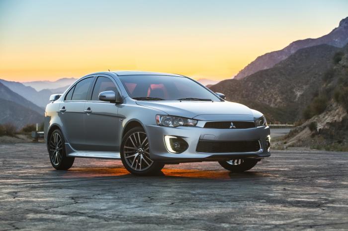 Огромным плюсом этого автомобиля является его надежность. | Фото: conceptcarz.com