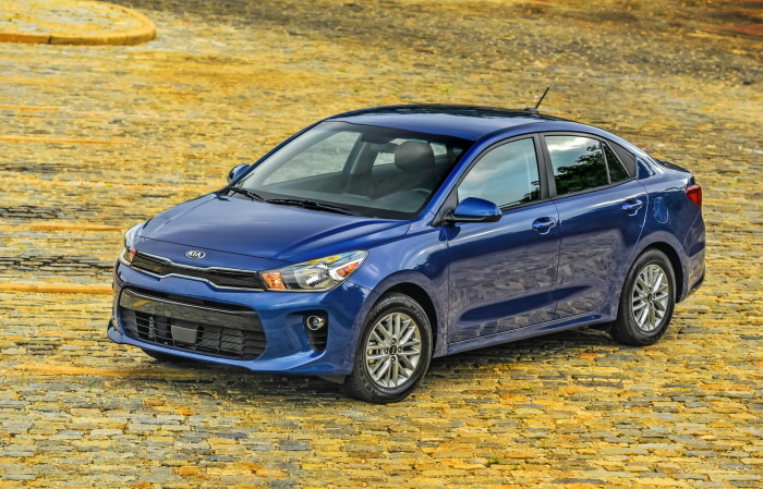 KIA Rio - одна из самых продаваемых машин на рынке.