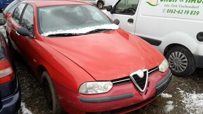 Эту Alfa Romeo отдают за бесплатно.