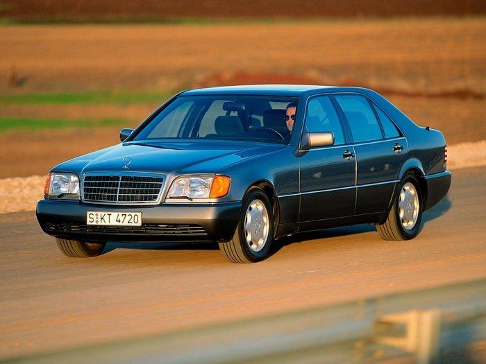90-е годы по праву считаются золотой эрой автостроения.