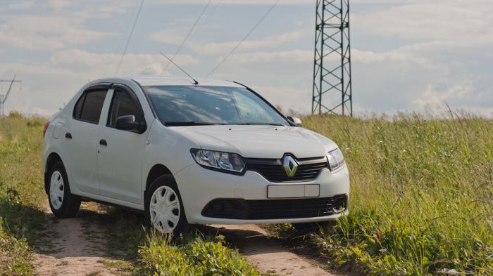 Renault Logan, после обновления избавился от откровенно утилитарной внешности. | Фото: drive2.ru