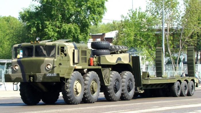 Объем двигателя МАЗ-537 почти сорок литров. | Фото: scalemodels.ru