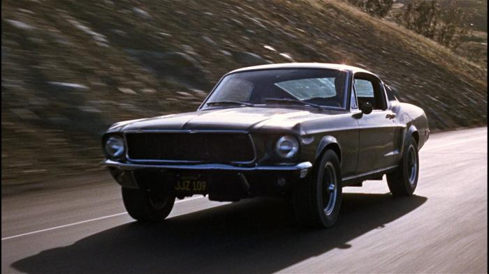 Главная звезда лучшей автомобильной погони в истории кино — это несомненно зеленый 390 GT V8 Ford Mustang. | Фото: 1freewallpapers.com
