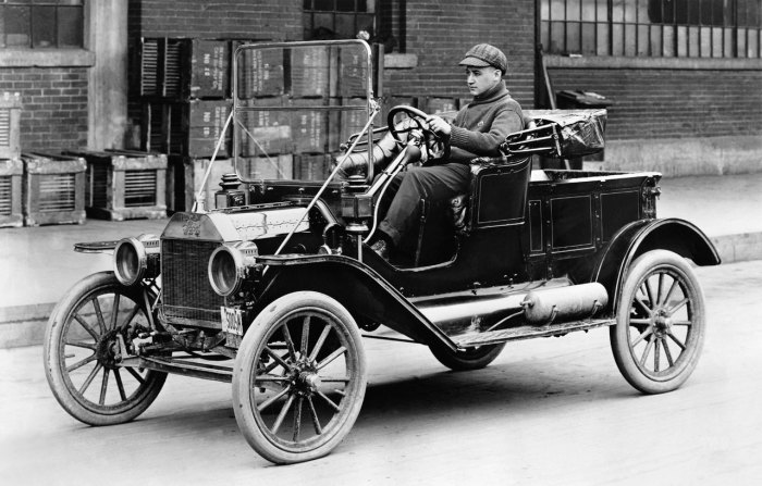 Ford Model T – первый по настоящему массовый автомобиль.   Фото: сarstyling.ru