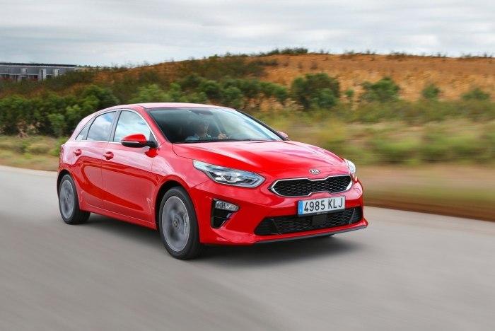Если Stinger должен вывести брэнд в класс премиальных автомобилей, то задача Ceed делать продажи. | Фото: infocar.ua