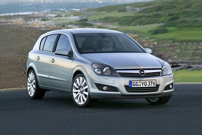 Opel Astra оказалась очень популярной, как на рынке новых авто, так и на вторичном рынке. | Фото: infocar.ua