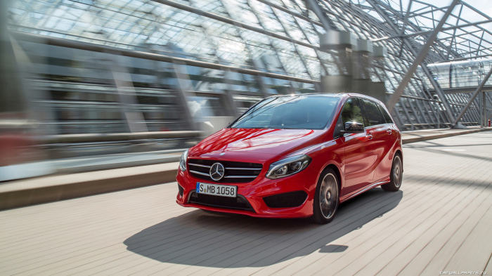 Самым выгодным приобретением в премиум-сегменте стал Mercedes-Benz B-Class. | Фото: wp2.carwallpapers.ru