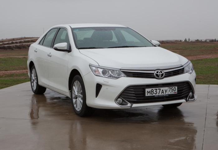 Безусловный лидер продаж как на рынке новых, так и подержанных автомобилей. | Фото: ftpj.toyota.ru