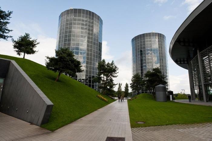 Эти башни могли бы стать прекрасным символом человеческого тщеславия. | Фото: fototelegraf.ru