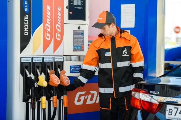 Для двигателя гораздо важнее качество топлива, а не добавки в нем. | Фото: static.ngs.ru