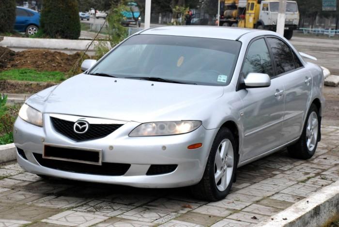 Mazda 6 первого поколения.