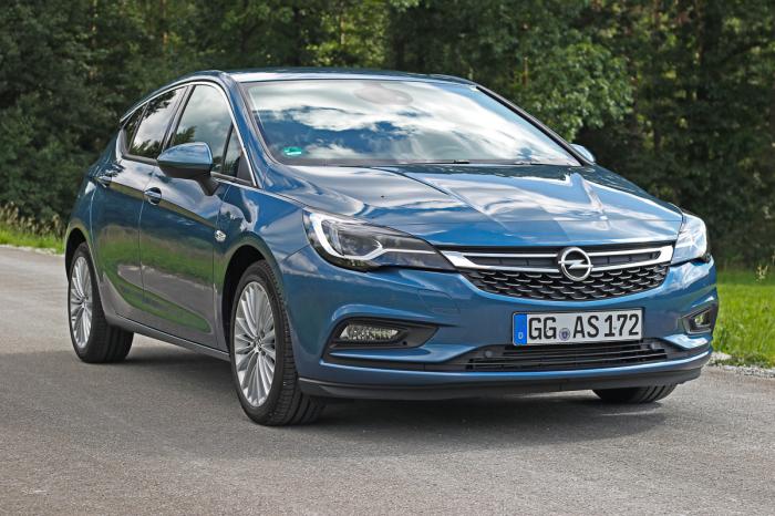 Из-за кризиса 2014 года продажи Opel на нашем рынке серьезно пошатнулись. | Фото: magazin.rv24.de