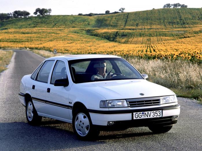 Opel Vectra из 90-х.