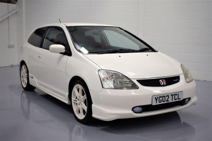 Civic - знаковая модель для для марки Honda. | Фото: japaneseimportspecialists.com