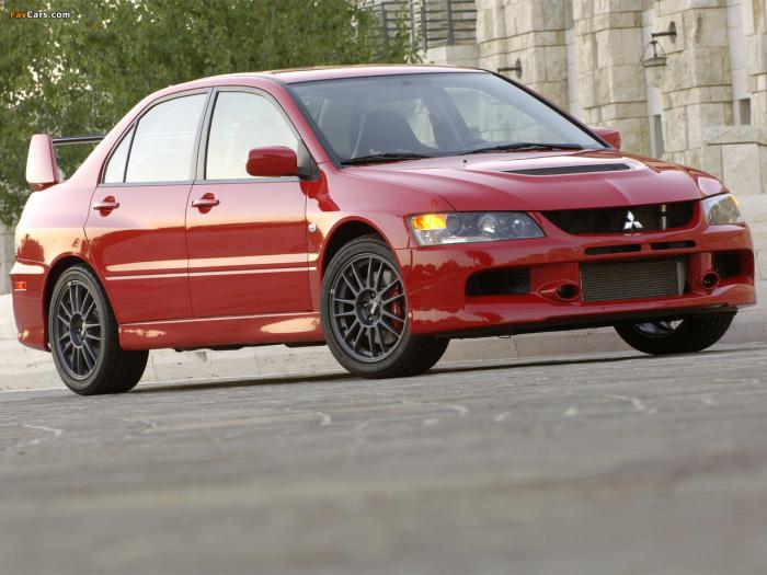 Доработанная версия Mitsubishi 4G63 ставилась на легендарный Mitsubishi Lancer Evolution IX.