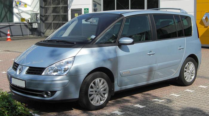 Довольно популярный Renault Espace получил двигатель с кучей «детских» болячек. | Фото: вesplatka.ua