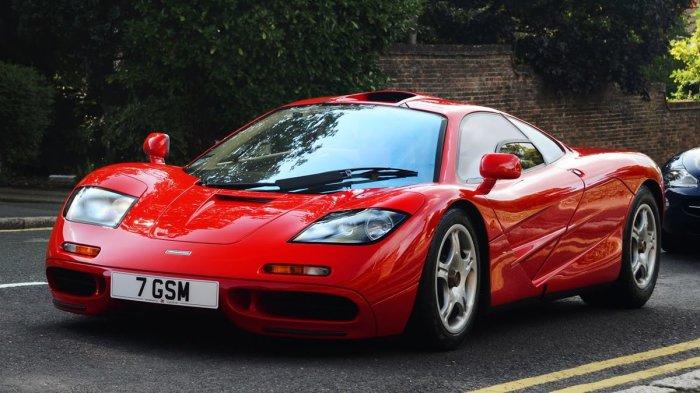 McLaren F1 считался самой быстрой машиной в мире на протяжении 12 лет.