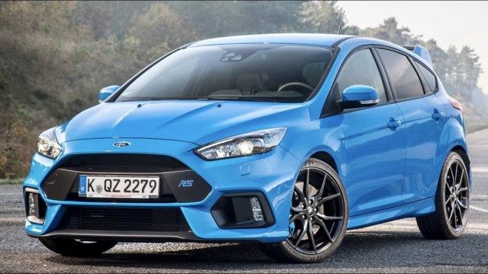Ford Focus получал звание Автомобиля года в 1999 году и занимал третье место в 2005 и 2012 годах.
