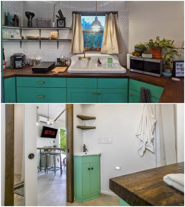 В домике имеется и кухонная зона, и ванная комната.