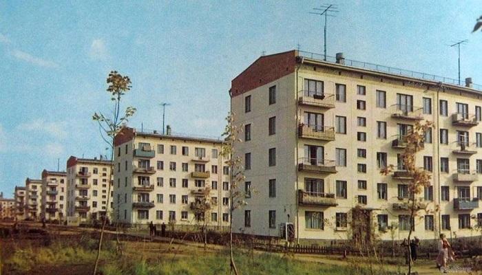 Благодаря панельным домам города росли как грибы.