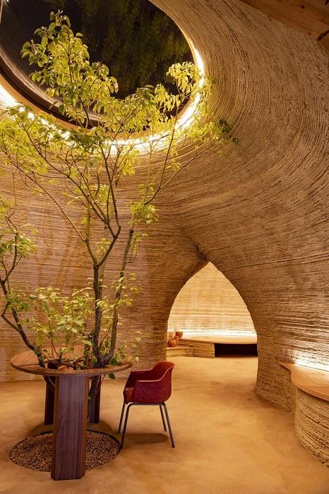 3-D печатные дома можно строить вокруг деревьев (TECLA, Италия). | Фото: newatlas.com.