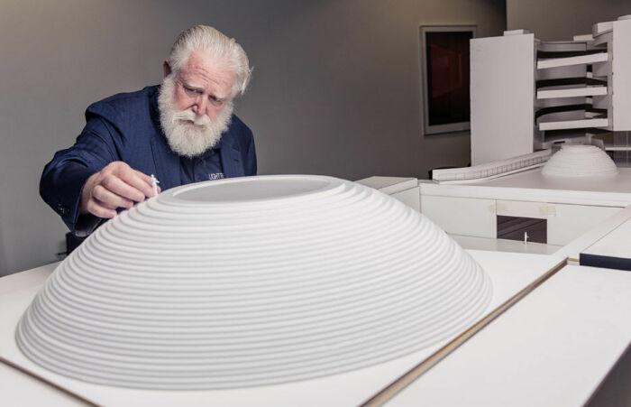 Джеймс Таррелл использует в качестве основного материала для творчества световой поток и пространство, в котором свет существует. | Фото: zhuanlan.zhihu.com.