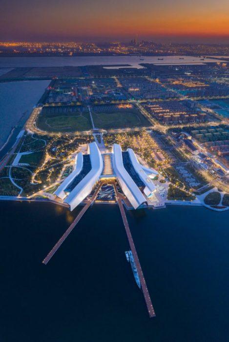 Трехэтажный Национальный морской музей занимает площадь 80 тыс. кв. м. (Тяньцзинь, Китай). | Фото: fundesign.tv.