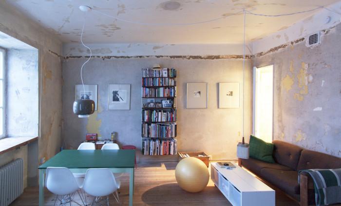 Неординарное сочетание винтажной и современной мебели (Стокгольм, Швеция). | Фото: plataformaarquitectura.cl.