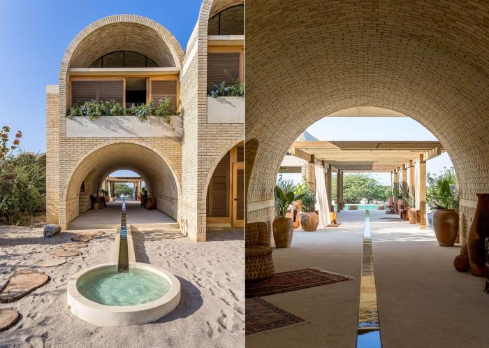 Основой архитектуры является филигранная арочная конструкция, разработанная тысячелетия назад (Casona Sforza, Мексика).