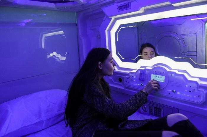 Освещение и температуру воздуха можно регулировать на свое усмотрение (Aerosleep, Пулково).