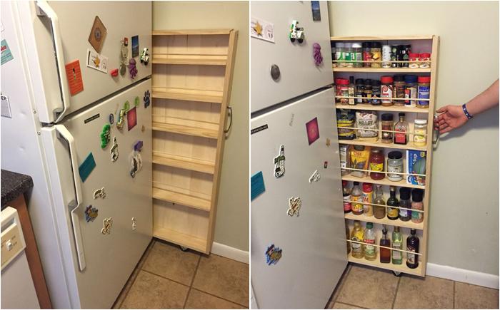 Благодаря выкатной узкой этажерке можно организовать кладовую собственными руками. | Фото: postila.ru.