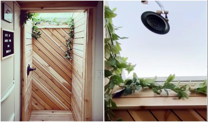 В душевой создано мансардное открывающееся окно, которое поможет создать иллюзию нахождения на природе (The Mountain tiny house, Пенсильвания).