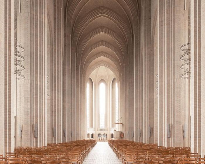 Монументальность и строгая красота Церкви Грундтвига в Копенгагене (Дания). | Фото: ©Thibaud Poirier.